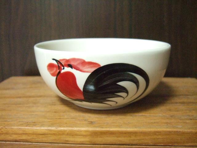 【タイ製】ニワトリ柄のフリーボウル 小 12cm径 葉っぱ柄付き ランパーン陶器