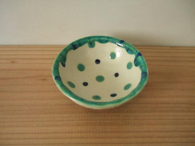 沖縄産 工房sen やちむん ミニボウル 深皿 水玉 緑青 10.5cm