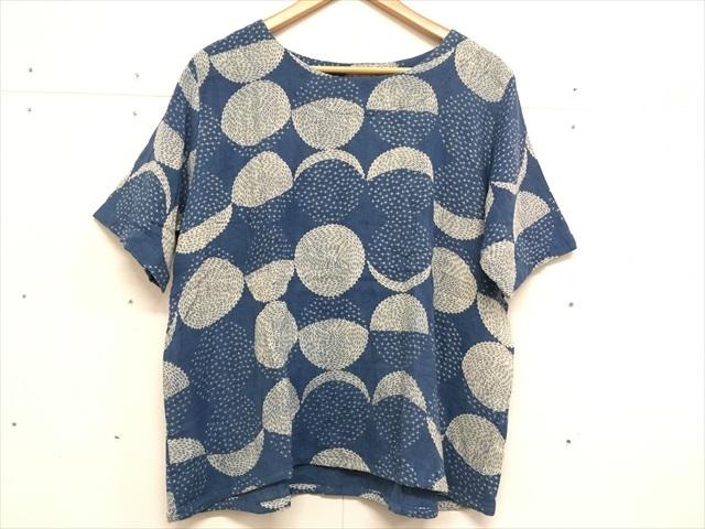 【タイ製】藍染 ダブルガーゼのブラウス お月様のような丸柄 半袖
