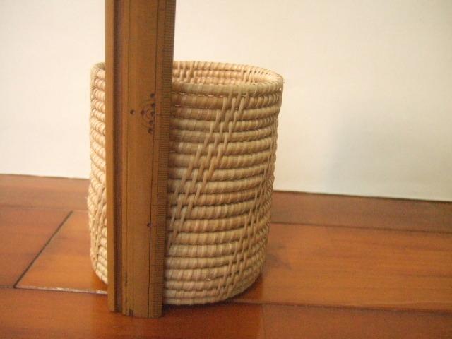 タイ製 竹製の円筒形 箸立て 高さ12cm 直径10cm