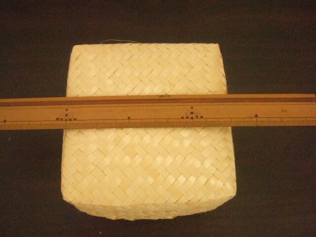 【タイ製】正方形のカオニャオいれるかご 13cmサイズ ナチュラル