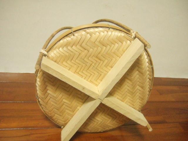 タイ製 ラタン(籐)で編まれた丈夫なかごバッグ ハンドバッグ 大サイズ 幅41cm 編み方混合 重さ690g【送料別設定】