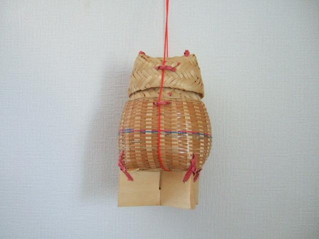 タイ製 カラフルなカオニャオ入れるかご フタ&ヒモ付き 青ピンク