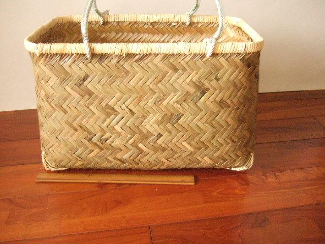 台湾製 竹で作られた市場かご 特大 買い物に最適な竹のかごバッグ 青竹表面