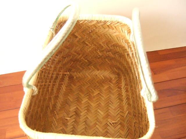 台湾製 竹で作られた市場かご 大 買い物に最適な竹のかごバッグ 青竹表面