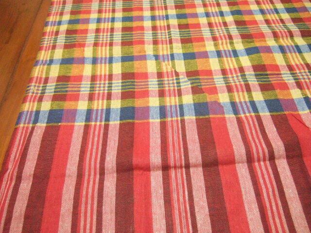 【タイ製】パーカオマー 布 黄色 赤 青などのチェック柄 73x175cm