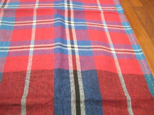 【タイ製】パーカオマー タイの布 赤&青&白のチェック柄 176x72cm