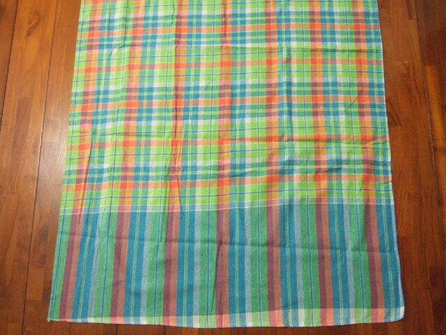 【タイ製】パーカオマー タイの布 黄色 オレンジ 水色 チェック柄 176x75cm【レターパック可】