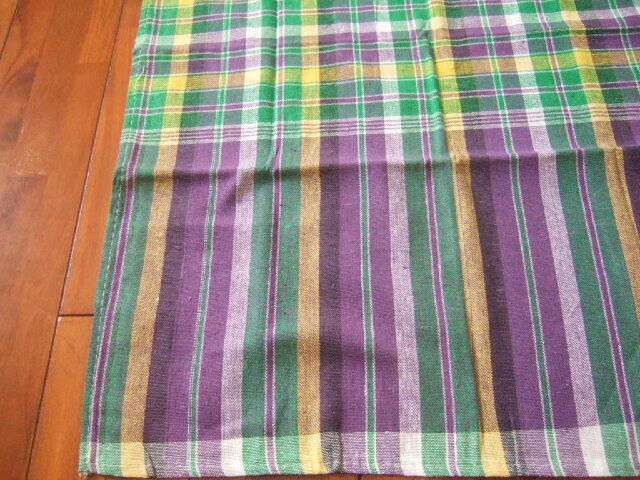 【タイ製】パーカオマー タイの布 緑 黄色 紫 白 チェック柄 178x74cm