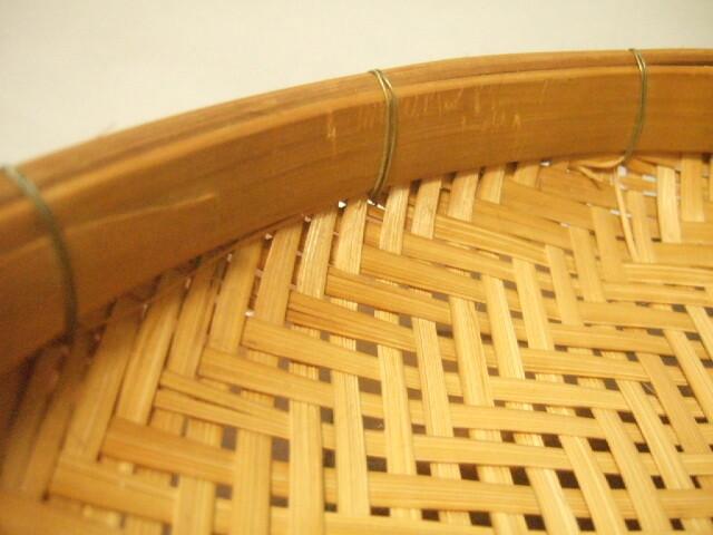 【タイ製】竹製のざる 23㎝ ノーマルタイプ 針金止め 2種類(各1,380円)