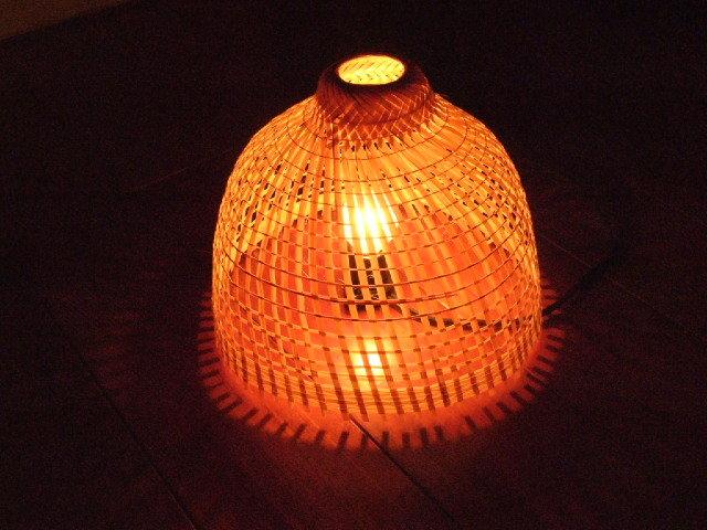 【タイ製】竹で作られたランプシェード 鳥かごみたいなタイプ