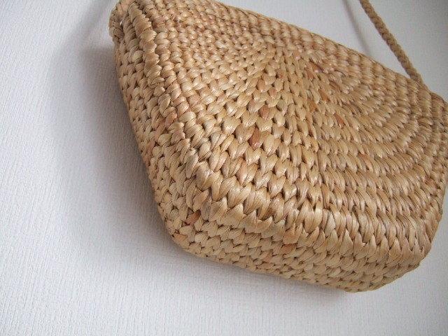 【タイ製】ゆるい五角形のショルダーかごバッグ ウォーターヒヤシンス素材 紐も同素材