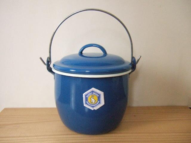 タイ製ホーローストッカー・ポット(バケツ)フタ付 お鍋としてもOK 青色