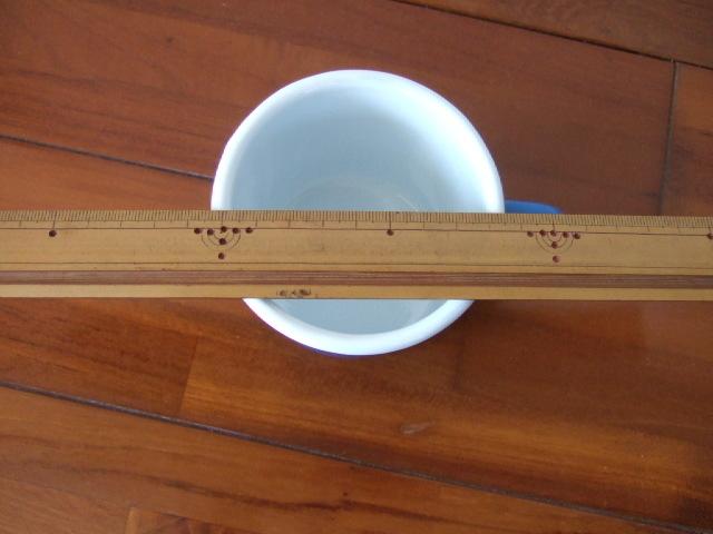 【タイ製】ホーローのシンプルなマグカップ【青色】