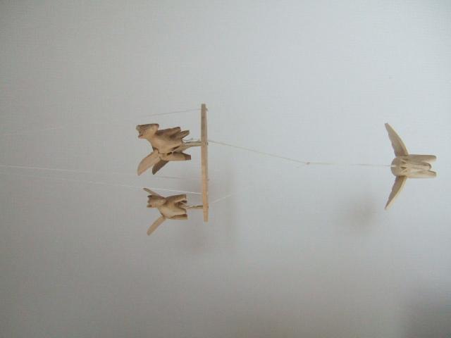 【タイ製】空飛ぶお馬さんのモビール 動きで癒される玩具 タイ製玩具