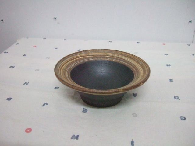 沖縄産 ツチノヒ やちむん 4寸鉢 刷毛目