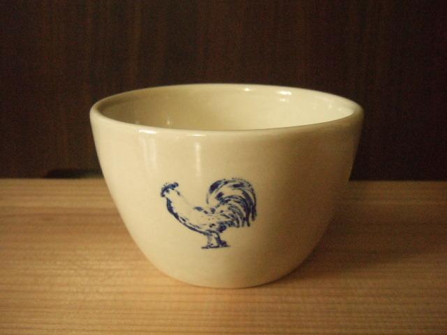 【タイ製】にわとり柄のカフェオレボール 白地に青のニワトリ柄 直径12cm