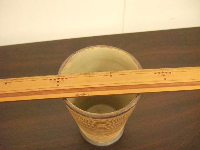 沖縄産 ツチノヒ やちむん ビアジョッキ 刷毛目