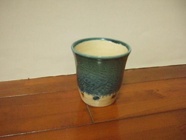 沖縄産 工房sen やちむん フリーカップ 呉須 飴などドット 9.5cm径 Mサイズ