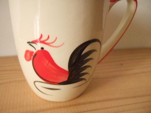 【タイ製】鳥さん柄のマグカップ 大 取っ手は赤 高さ10cm ランパーン