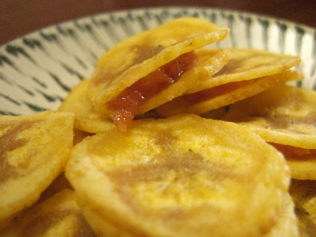 タマリンドジャムのサクサクバナナチップス 90g Tamarind House スナック菓子