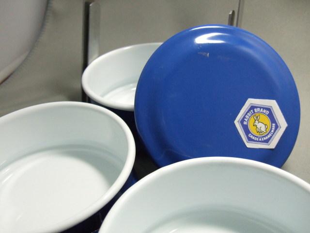 タイ製ホーロー3段弁当箱青