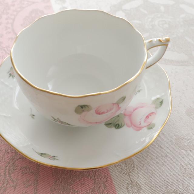 ☆再入荷☆レア☆ Herend VGR ヘレンド ウィーンの薔薇(淡いローズ) ゴールド ティーカップ&ソーサー (☆カップ&ソーサーのみ。デザートプレートは別売りです。)
