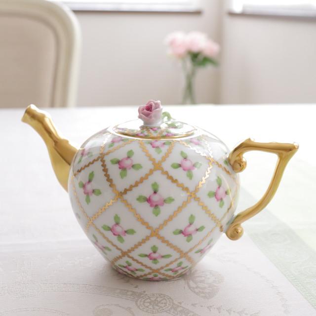 ヘレンド セーブル風小薔薇金彩 ミニティーポット ピンクローズトップ 約400ml