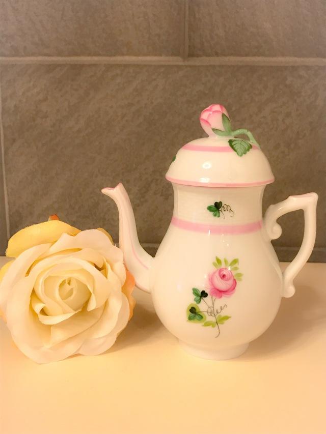 ☆特別ご案内☆ヘレンド VRH-X4 00617-0-12 ウィーンの薔薇ピンク ミニコーヒーポット ツボミ 200ml