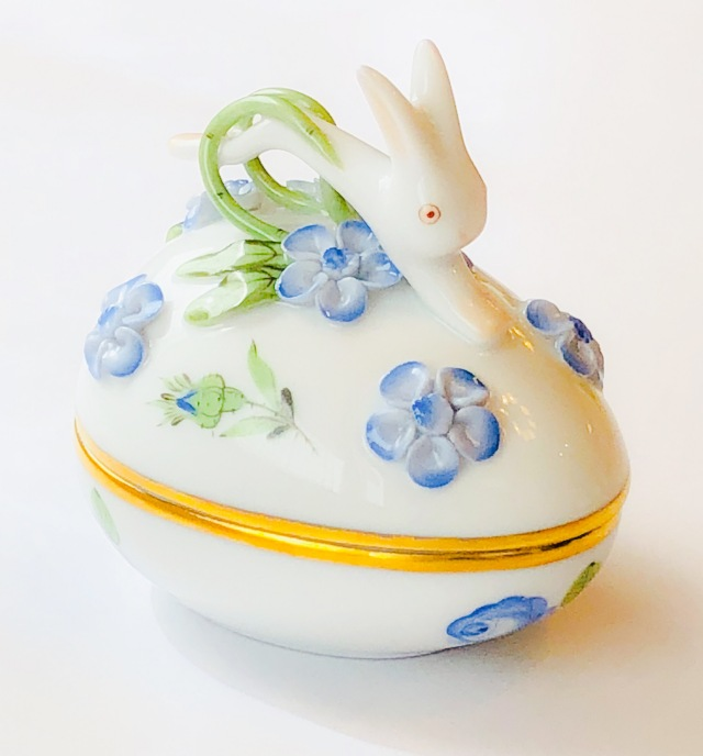 ☆母の日ギフト☆ラスト1点☆ Herend PRB 6054 プティットローズブルー ウサギトップのエッグボンボニエール