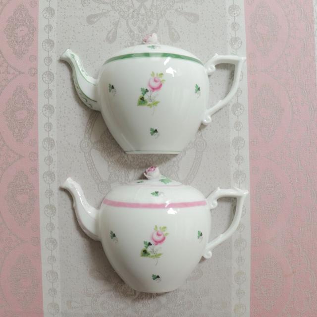☆レア☆ペアでお得☆ ヘレンド ウィーンの薔薇グリン&ピンク ティーポット型ウォールデコレーション
