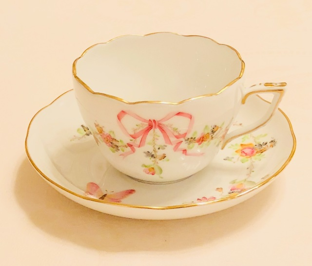 ☆再入荷☆ ヘレンド EDEN 桜ピンク ちょっと濃い目 兼用カップ&ソーサー単品(☆デザートプレートは付きません。)