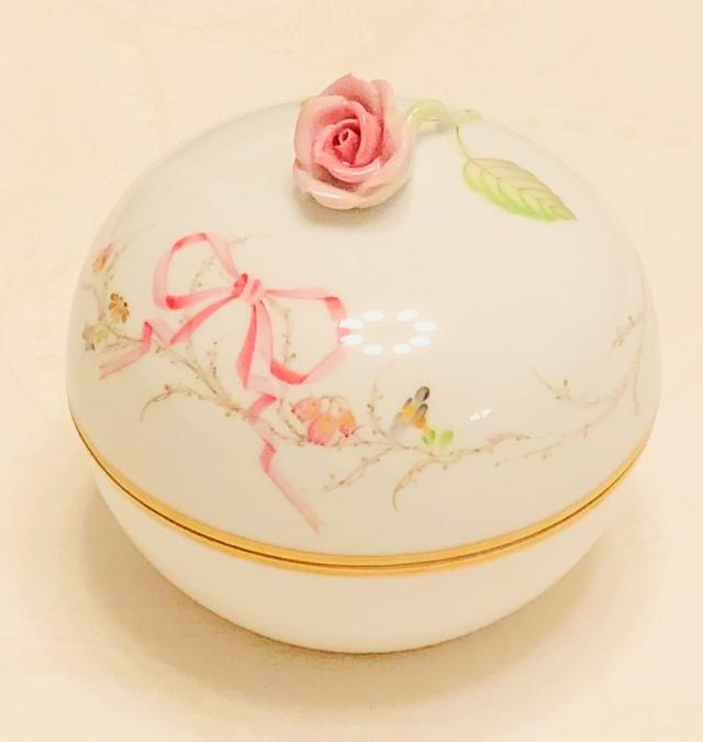 ☆レア☆ブランドBox付き☆ Herend EDEN桜ピンク シンプルバージョン 丸型ボンボン ローズトップ