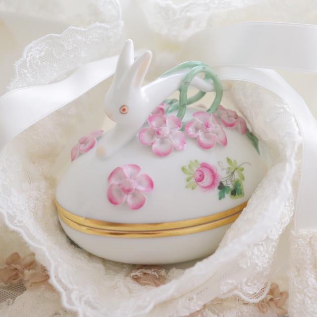 ☆御会員様専用☆Herend☆ VRHS ウィーンの薔薇シンプルゴールド ウサギトップのエッグボンボニエール (*ウィーンの薔薇ピンク1点のみのご案内です。)☆ギフトボックスつき☆