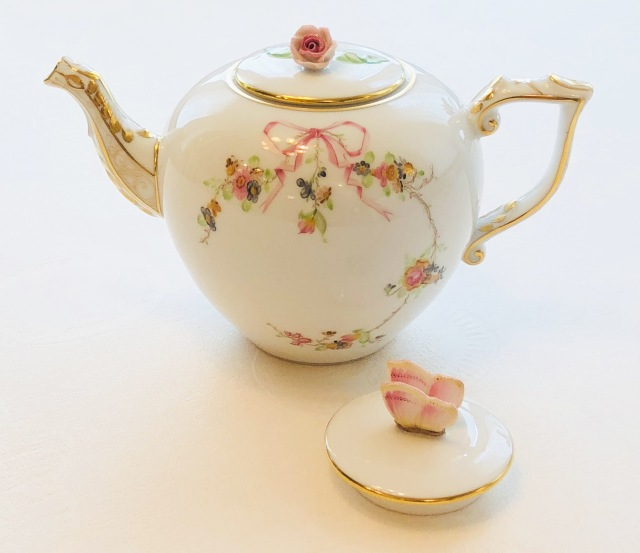 ☆再入荷☆バタフライの蓋もご一緒に☆ EDEN ヘレンド エデン桜ピンク TeaPot 800ml