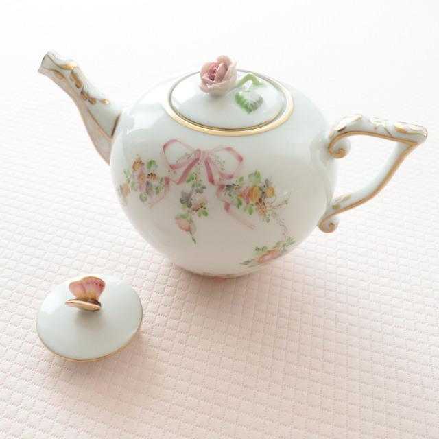 ☆再入荷☆お蓋が2種類☆即納品☆ EDEN コロンっと可愛い ヘレンド エデン桜ピンク TeaPot 400ml (*ポットと替蓋のみ。他の商品は別売です。)
