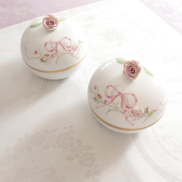 ☆再入荷☆ Herend EDEN桜ピンク シンプルバージョン 丸型ボンボン ローズトップ