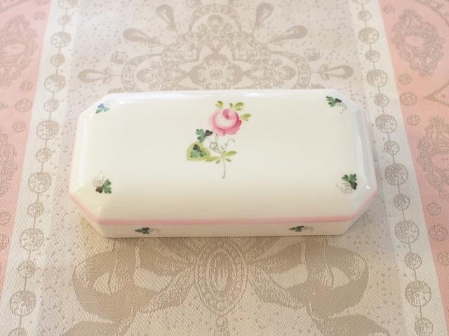 ☆御会員様限定☆ Herend ヘレンド  ウィーンの薔薇ピンク VRH-X4 ボックス