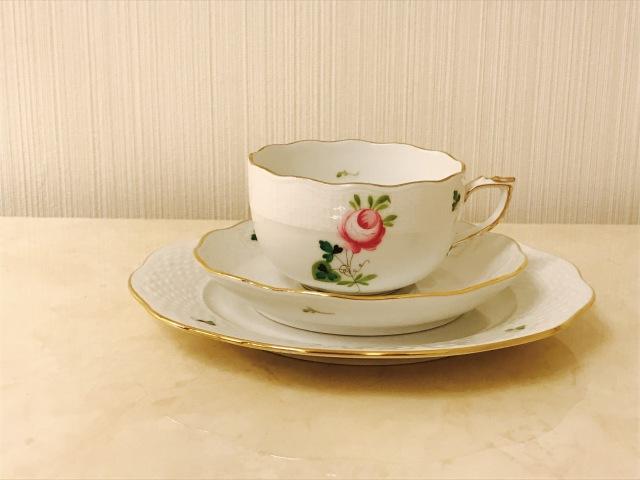 ☆Monthly Special☆レア☆ヘレンド VRHS ウィーンの薔薇シンプルゴールド トリオセット