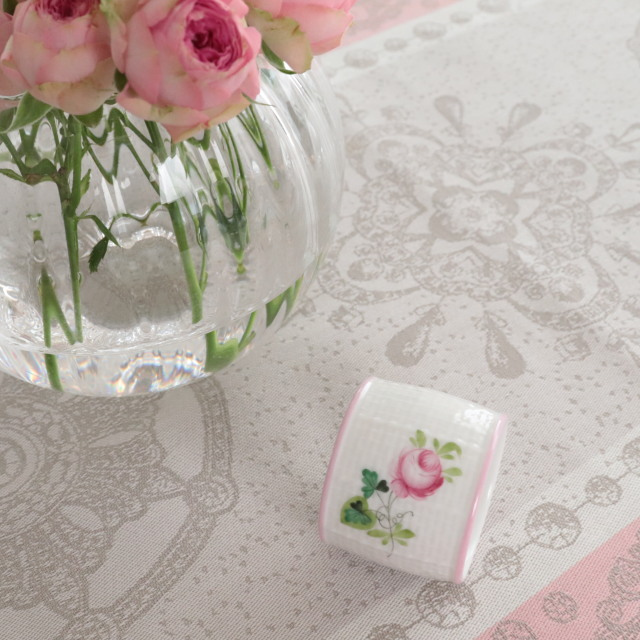 ☆再入荷☆ヘレンド VRH-X4 00272-0-00 ウィーンの薔薇ピンク ナプキンリング