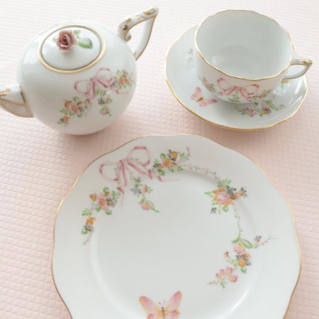 ☆ご注意ください☆新しい価格でお蓋はローズ1種類☆ EDEN コロンっと可愛い ヘレンド エデン桜ピンク TeaPot 400ml (*ポットのみ。他の商品は別売です。)