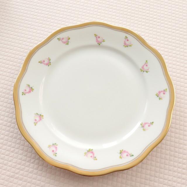 再入荷 【ご会員様限定】 ヘレンド PTRA 朝露の小薔薇 デザートプレート  19cm (*プレートのみ。カップ&ソーサーは付属しません。)