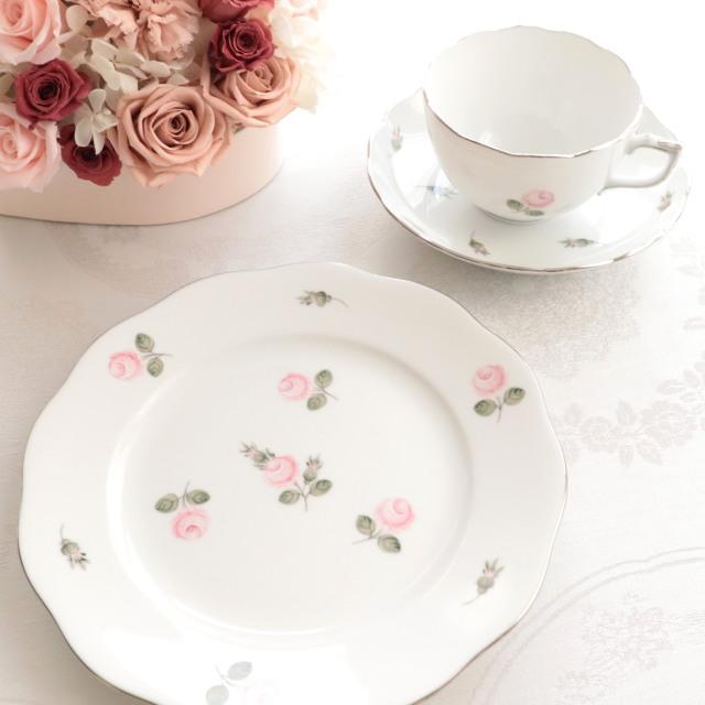 Herend ヘレンド ウィーンの薔薇プラチナ モーニングカップ&ソーサーと21cmプレートのセット