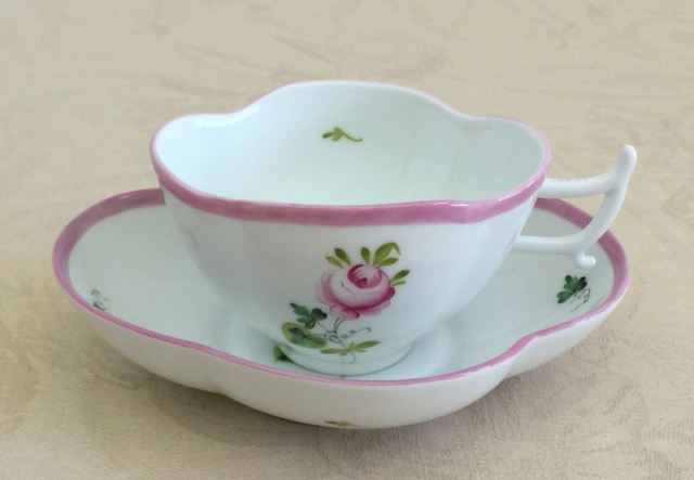 ☆レア☆ ヘレンド VRH-X4 00315-0-00 ウィーンの薔薇ピンク クローバー型カップ&ソーサー