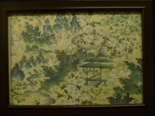 お部屋のインテリアに!! 大島紬のハギレ(風景画風)