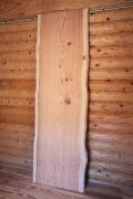 【sugi002】杉一枚板 樹齢130年 節有 長さ2000mm 厚さ35mm 末口幅620mm~元口650mm