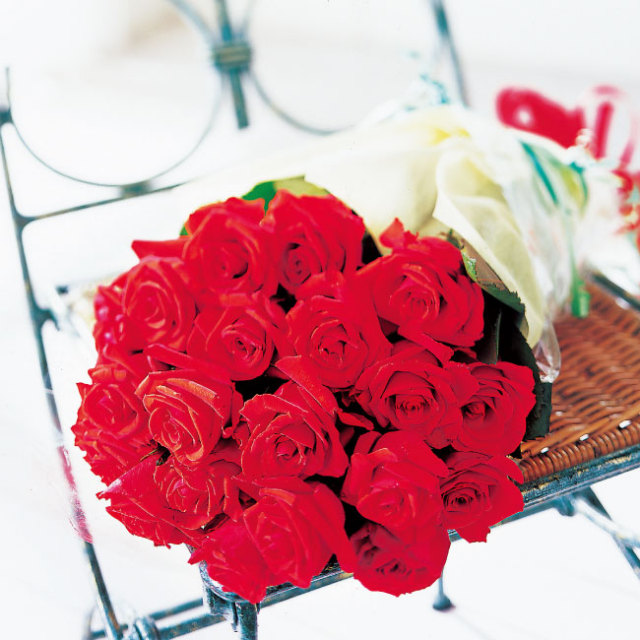 バラの花束赤
