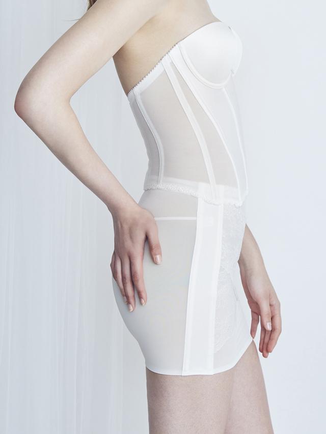 姿勢美人セットスカートタイプ オフホワイト
