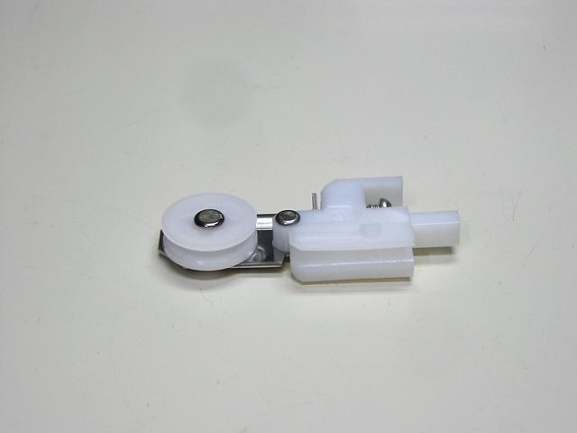 YKKハイサッシ網戸戸車2M型用K11805 左右セット(ネコポス可)