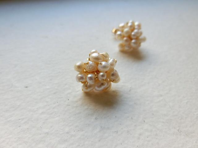 Baby pearl flower Pierce